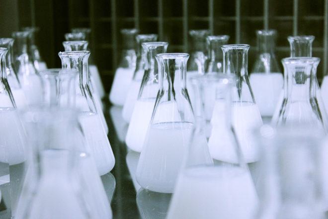 EU-gefördert: Das Unternehmen Allresist aus Strausberg stellt chemische Produkte zur Mikrostrukturierung her. Pixabay/gemeinfrei