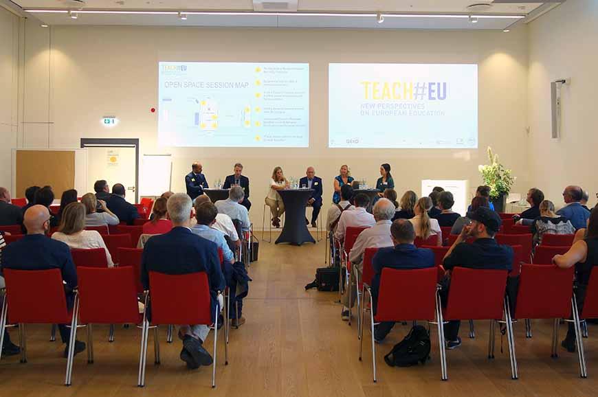 Teach#EU-Konferenz. Eröffnungspodium in Potsdam, 21.09.2018.
