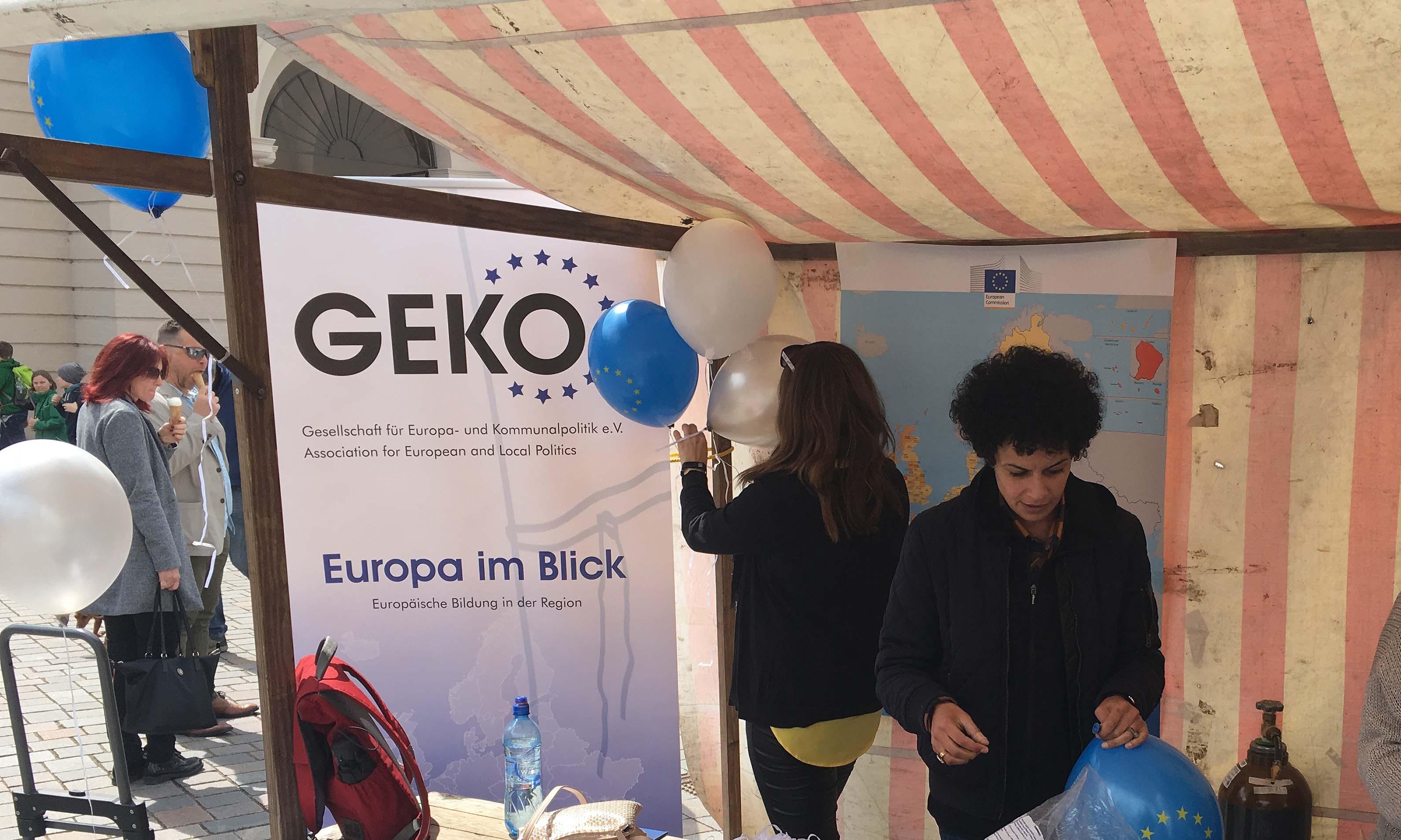 Europa im Blick und Geko präsentieren sich auf dem Europafest. Potsdam 9.5.2019